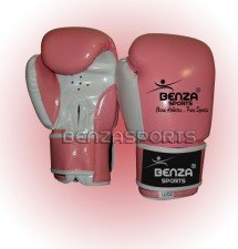 women pink boxing glove